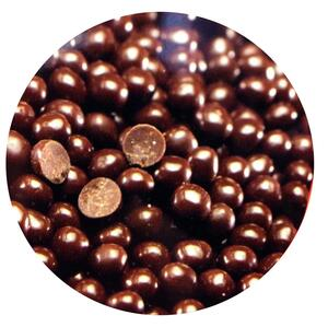 Valrhona crunchy dark chocolate pearls 80 g.